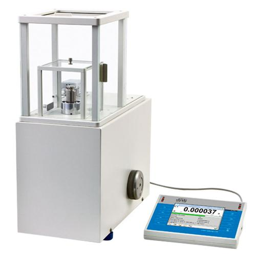RADWAG WAY 100.4Y.KO Class-leading manual mass comparator 110 g x 0.001 mg